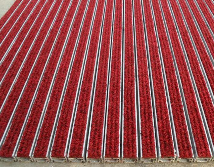 互扣式铝合金地毯