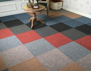 PVC底方块地毯